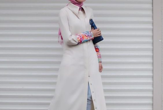 Baju Muslim Model Feminim